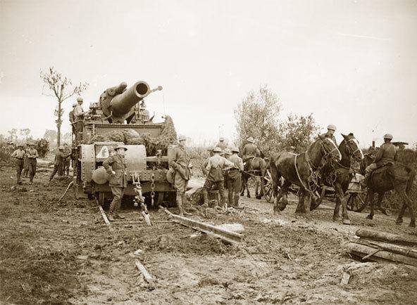 Войска двигаются к деревне Пашендейль.